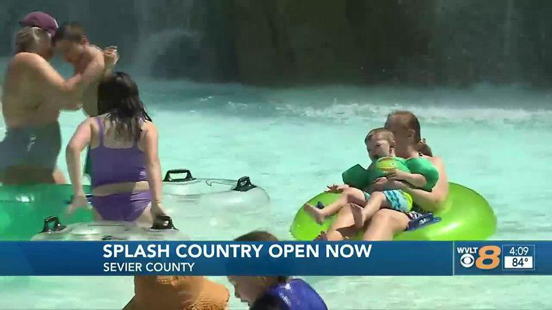 Dollywood's Splash County Now Open