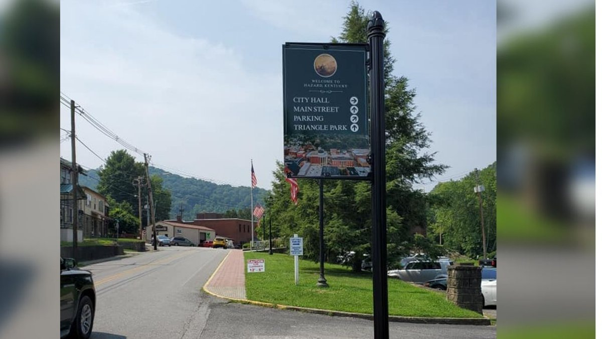 New signs to line Downtown Hazard