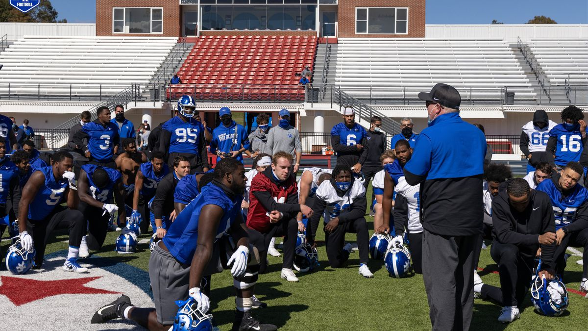Kentucky football practice at University of the Cumberlands on the way down to take on Tennessee.