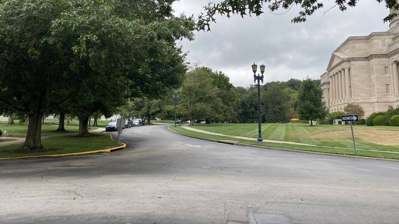 A portion of Capitol Avenue in Frankfort, between the state Capitol and Annex buildings, is set...