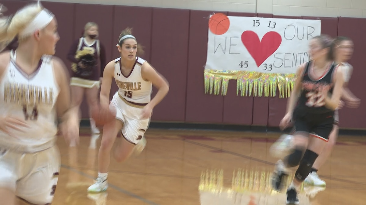 Whitney Caldwell Pineville girls basketball