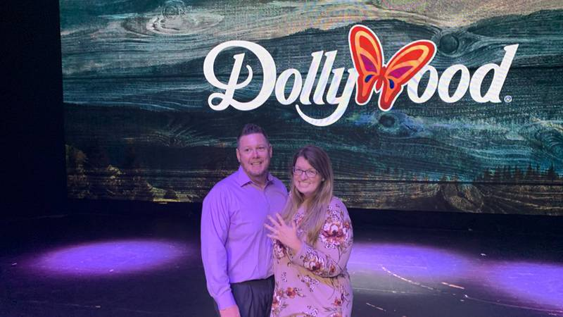 WVLT anchor helps pull off surprise proposal.