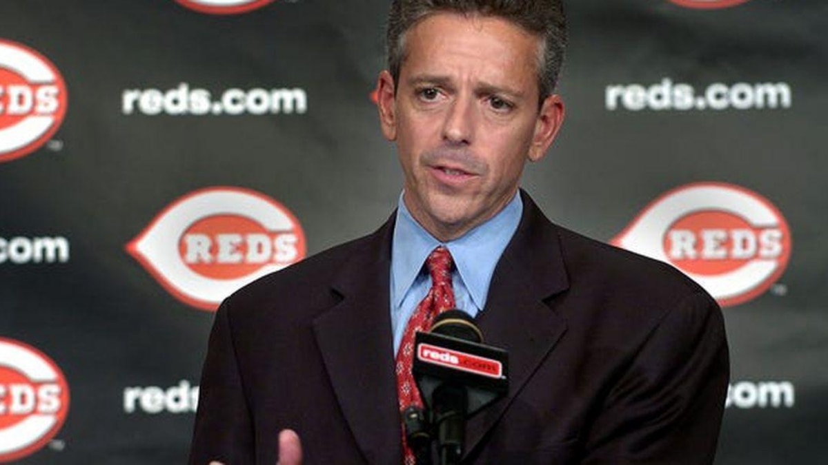 Thom Brennaman in 2006 speaks about joining his father, Hall of Game broadcaster Marty...