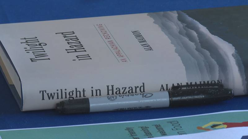 Alan Maimon says the book is based on his experiences covering the area from 2000 until 2005.