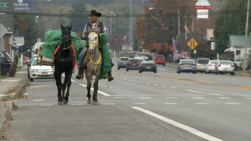 A man is riding 400 miles on horseback from Somerset, Kentucky, to Ivydale, West Virginia, in...