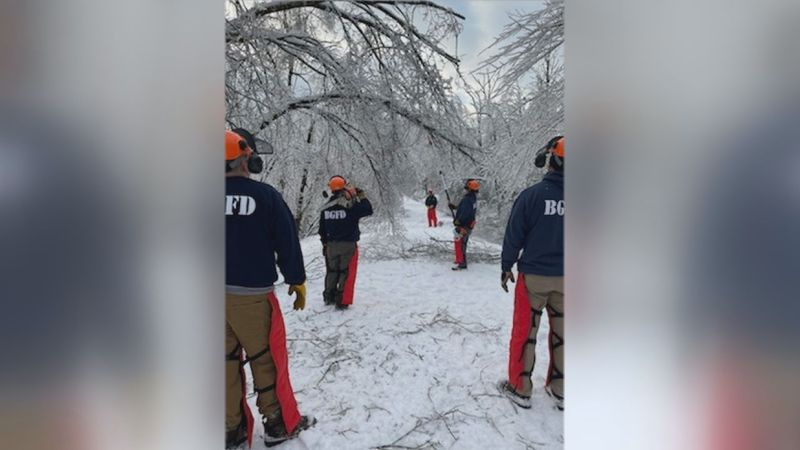 "Bowling Green Fire Department writes, ""6 personnel have deployed to Lawrence County Kentucky..."