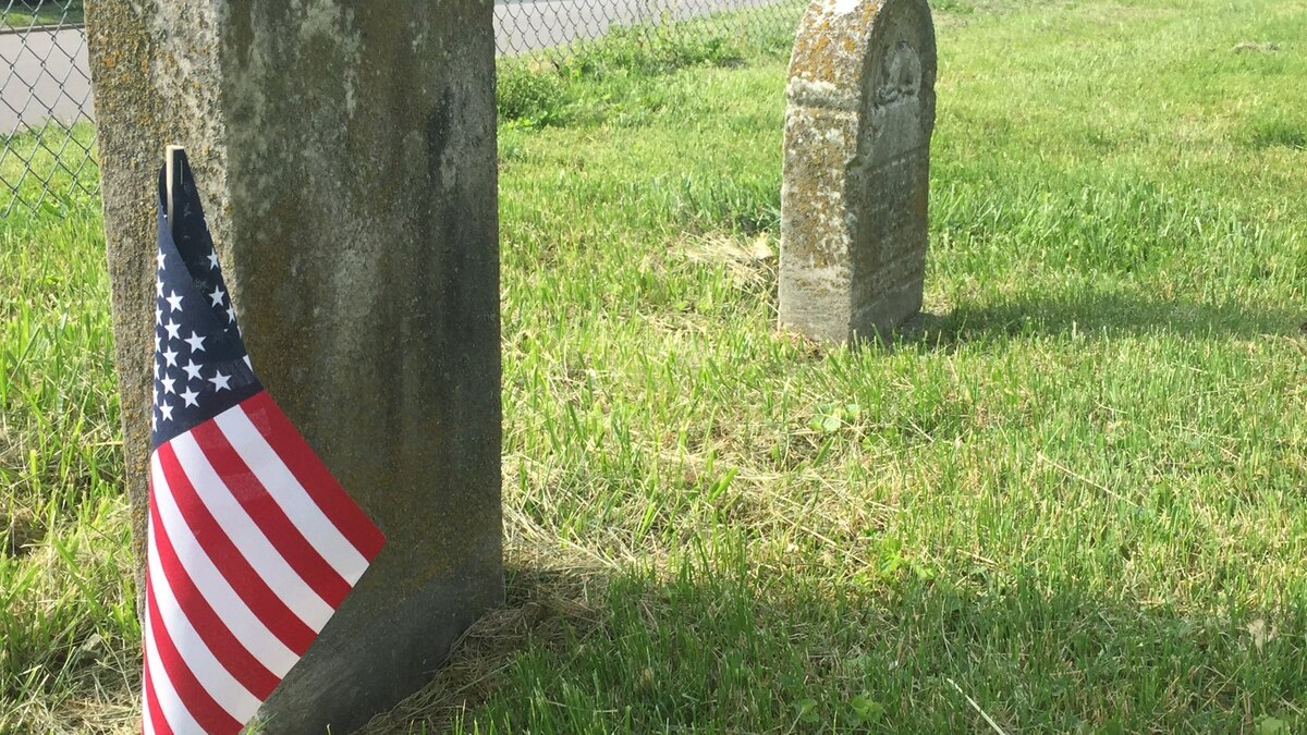 East Tennessee man searches for unmarked graves of veterans