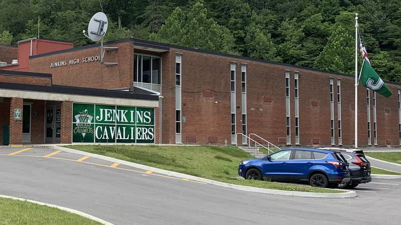 Jenkins board of education surprise faculty and staff with pay increase
