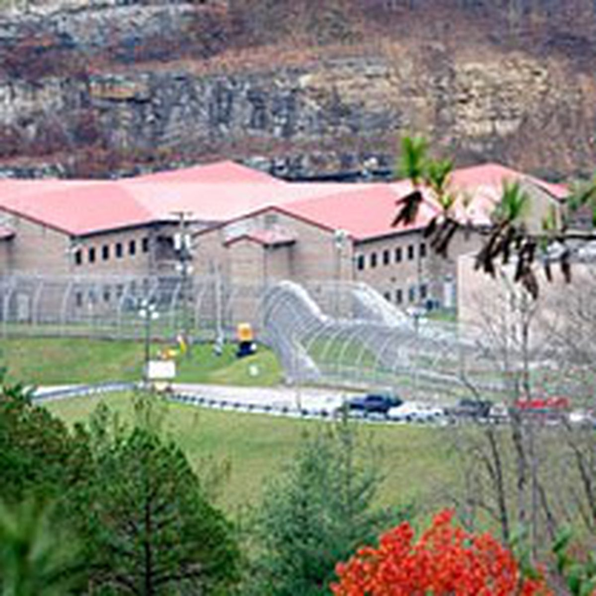 Former Floyd County Prison Reopening Bringing Nearly 200 Jobs