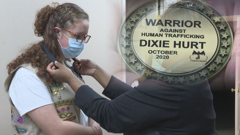 Local girl scout receives medal from non-profit Phoenix Rising (WBKO)