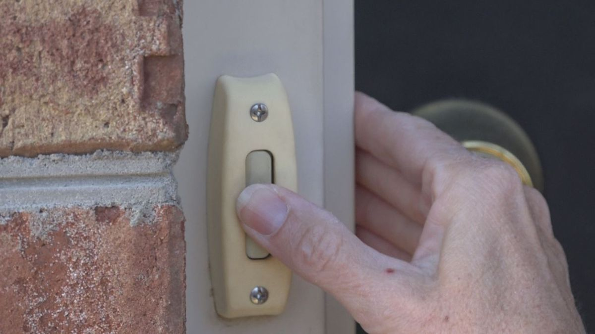The Better Business Bureau (BBB) is warning residents to be cautious of door-to-door scams.