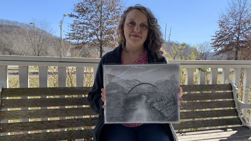 Local Prestonsburg artist uses original piece to help with flood relief efforts