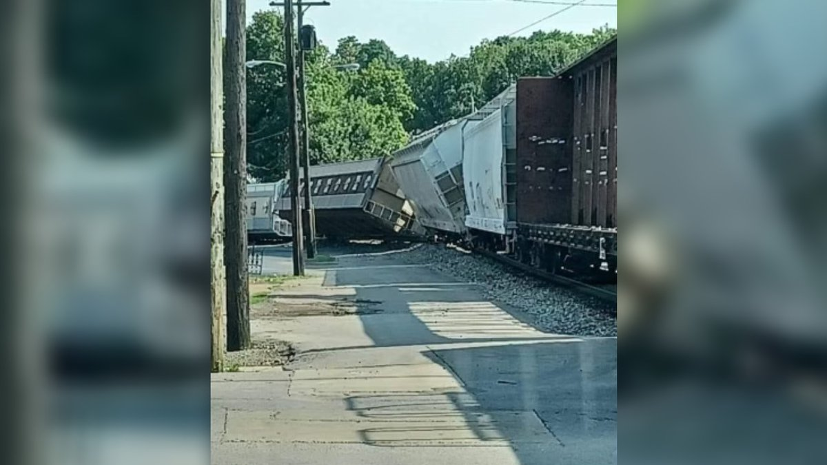 A train derailed in Harrodsburg.