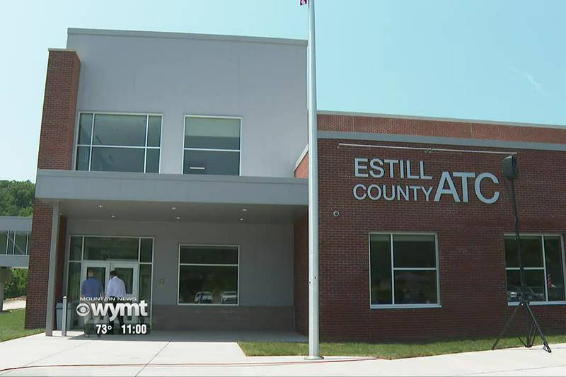 Estill County school officials host ribbon cutting ceremony, grand opening for new tech center...