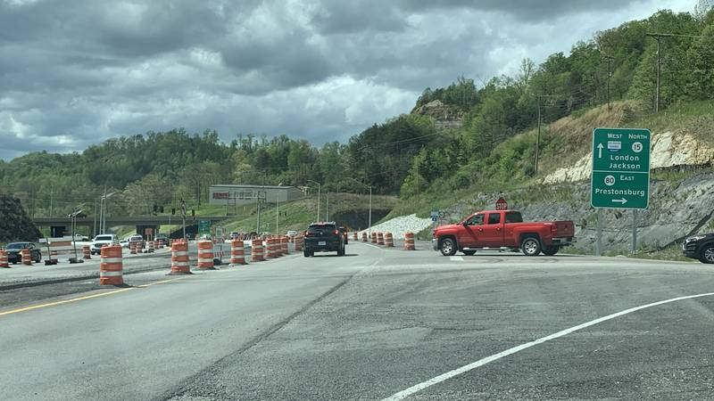 Kentucky Transportation Cabinet officials give update on Kentucky Highway 15 project
