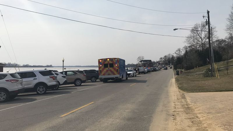 Officials: Crews recovering body from the Newburgh Lock and Dam